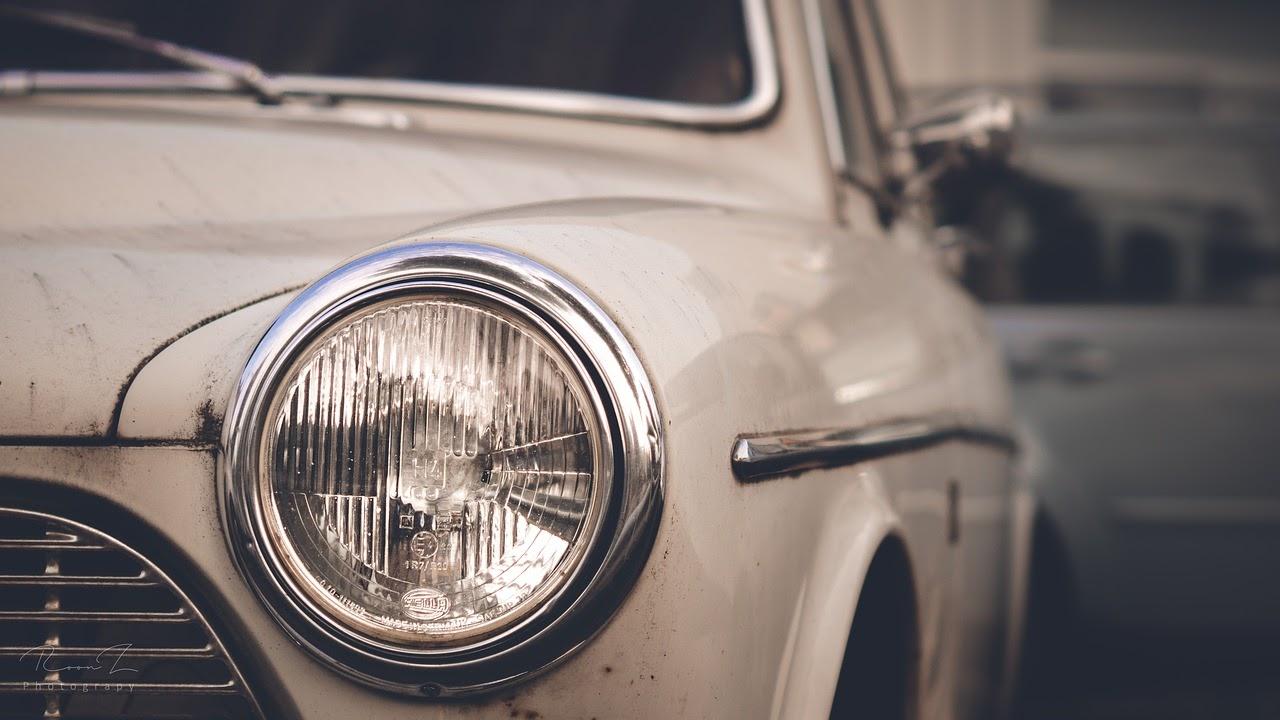 Auton Ajovalojen Kiillotus